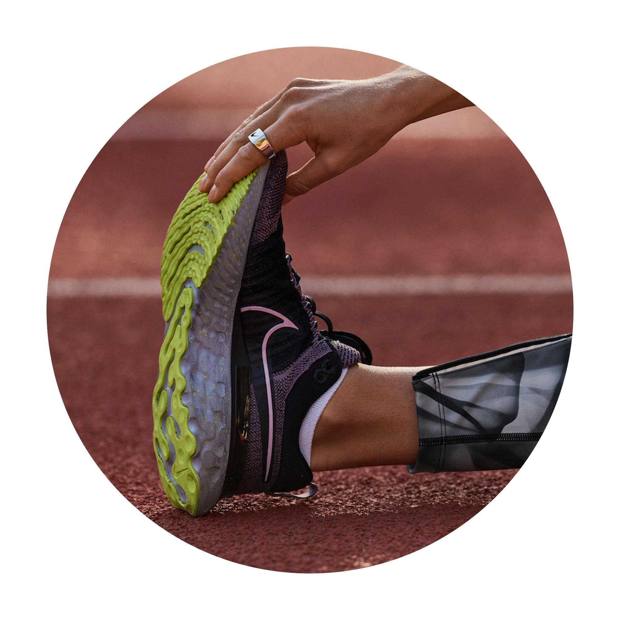 Nike React Infinity Run Flyknit 2 Athletics track stretch